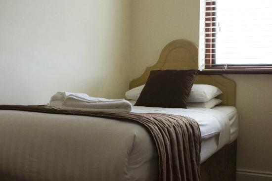 The Brent Hotel: Single Room