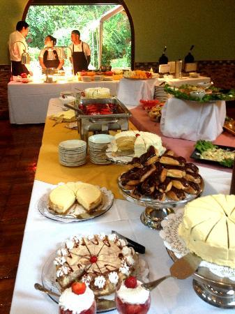 Gazebo At Los Patios: Desserts At The Brunch Buffet