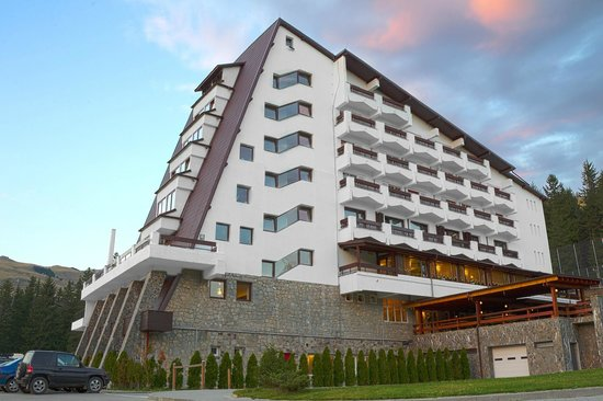 Photo of Hotel Pestera Moroeni