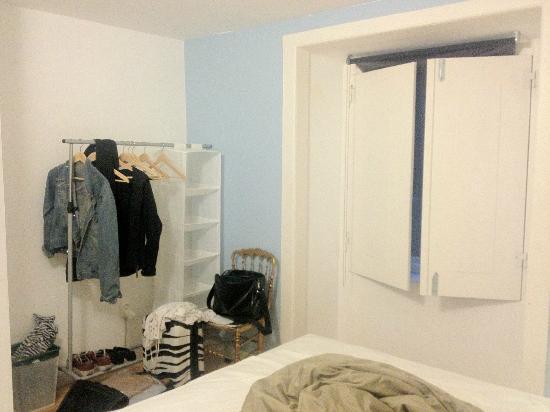 Stay Inn Lisbon Hostel: Private ensuite room 