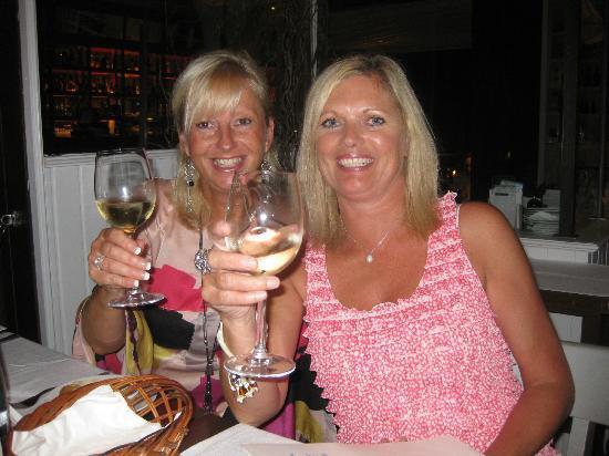 Restaurante HPC Portocolom: Cheers!
