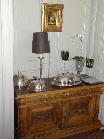 Chateau De Lalande: salle à manger
