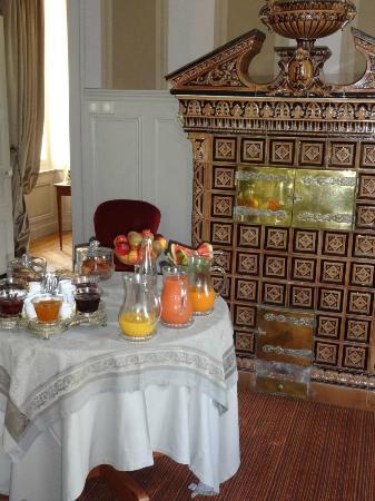 Chateau De Lalande: salle a manger,breakfast time