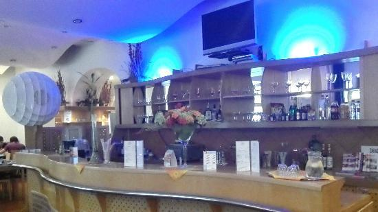 EA Hotel Tosca: The Bar