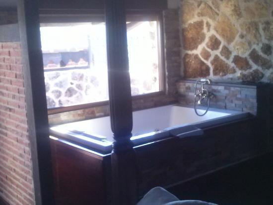 Hotel Spa Villa de Mogarraz: Un baño de lujo