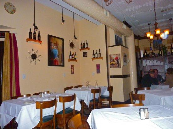 IL Bacio: Cozy with crisp white tablecloths, tin ceiling, & warm Italian welcome!