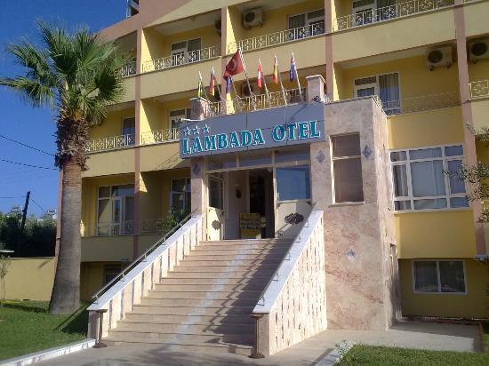 Lambada Hotel : hotel entry