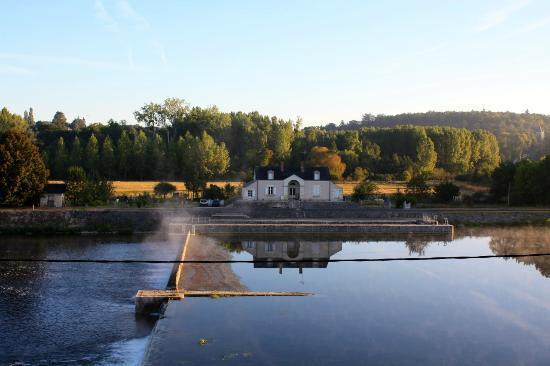 Le Moulin du Port: Vue de la chambre au petit matin