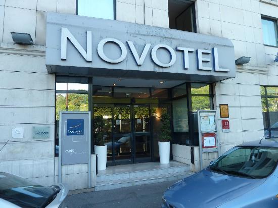 Novotel Paris Pont de Sevres: entrada principal