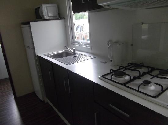 Le Chene Gris: kitchen area