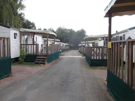 Camping Iris Parc Le Chene Gris: campsite
