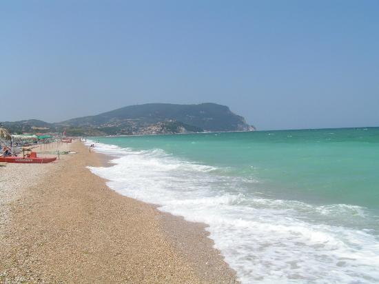Centro Vacanze de Angelis: spiaggia