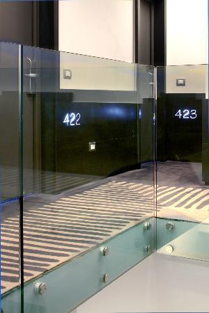 Hotel Adriano: Corridor Superior & Deòuxe Room