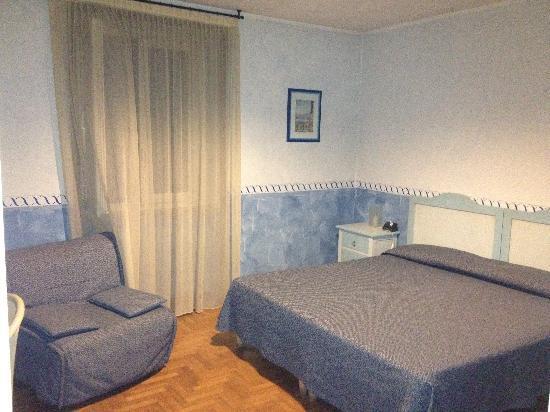 Hotel Risi: Basic room
