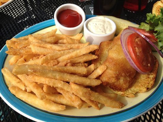 Molly Maguire's Irish Restaurant & Pub: cod filet