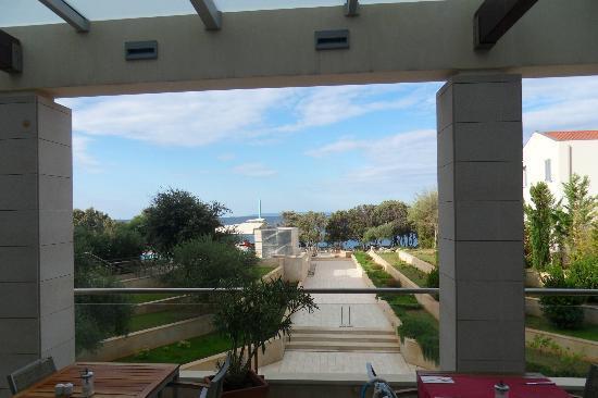Luna Island Hotel: vue du restaurant