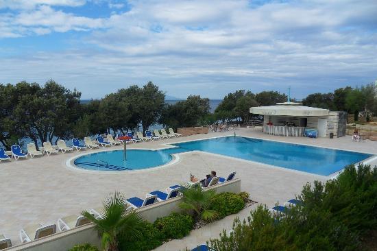Luna Island Hotel: piscine extérieur