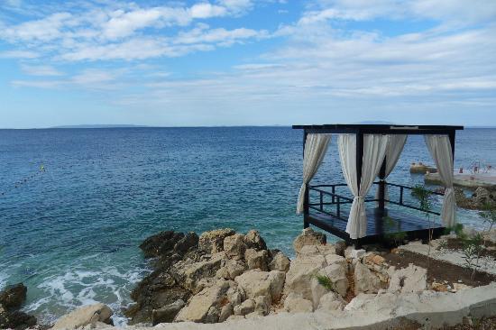 Luna Island Hotel: abri pour les diners en amoureux (en supplément)