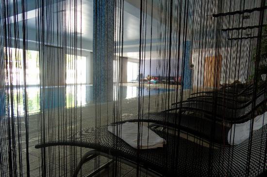 Luna Island Hotel: piscine intérieure