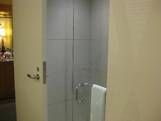 The Marquette: shower