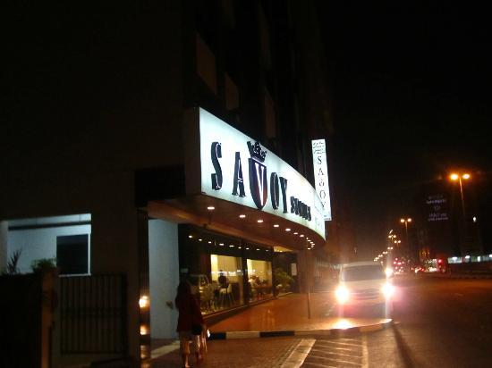 Savoy Suites Hotel Apartments: Facade