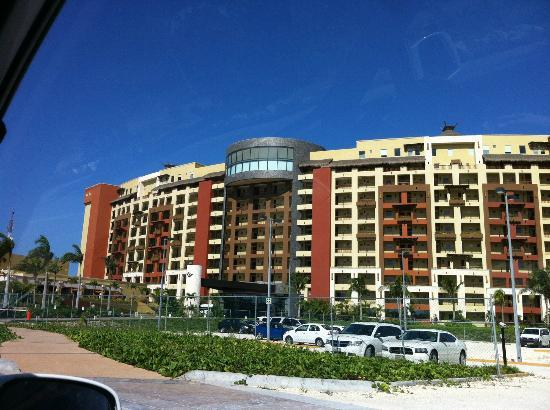 Villa del Palmar Cancun Beach Resort & Spa: Front of Hotel