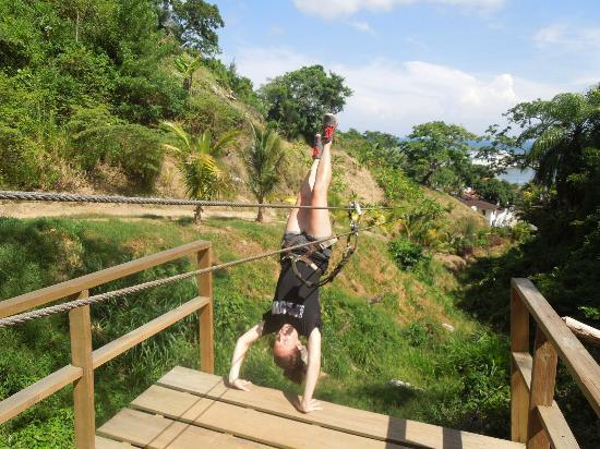 Jungle Top Zipline Adventure: Handstand - GO!