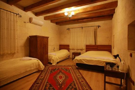 Maron Stone House: room8