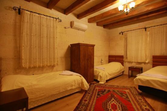 Maron Stone House: room9
