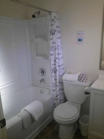 K2 Inn: bath