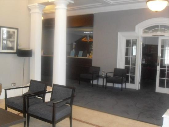 ‪‪Bay New Southlands Hotel‬: Reception area