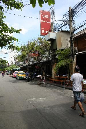Villa Cha-Cha: Khao San road