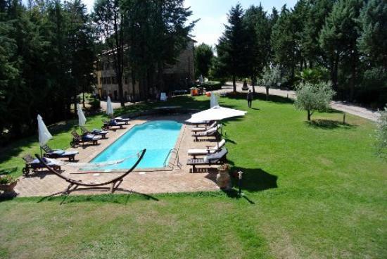 "Podere Caldaruccio ""La Pineta"": Der Pool"