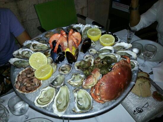 Le Festival de la Mer : piatto di crudo