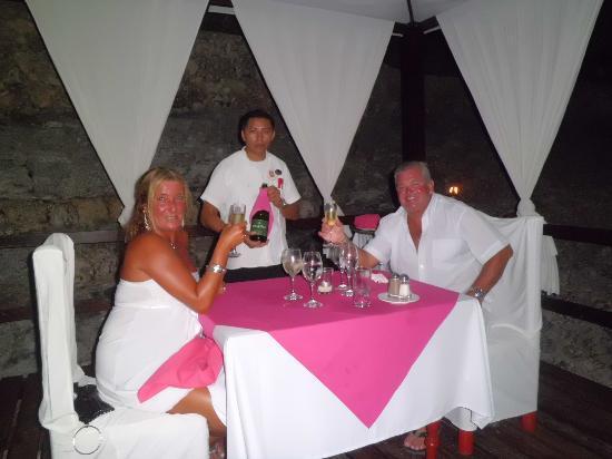 Hotel Dos Playas Beach House: Cena intima en el Hotel Dos Playas.