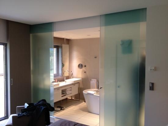 salle de bain magnifique photo de jiva hill resort crozet tripadvisor. Black Bedroom Furniture Sets. Home Design Ideas