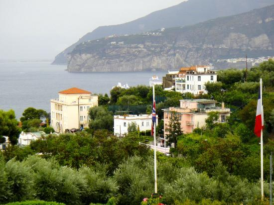 Grand Hotel Vesuvio: View back into Sorrento & Meta