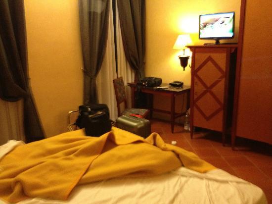 Hotel Corona D'Italia: Room