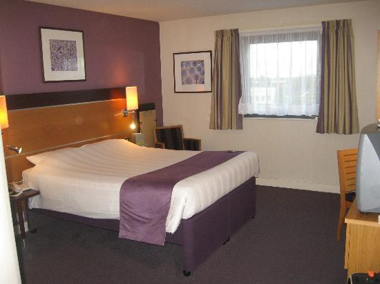 Premier Inn Dublin Airport Hotel: Double Room