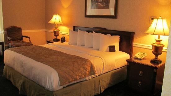 The Drake, A Hilton Hotel: My Room