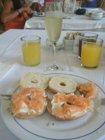 Grand Palladium Kantenah Resort and Spa: my favourite brekkie! smoked salmon and champagne