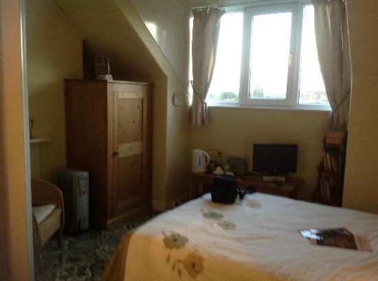 Hollins House: Room 6