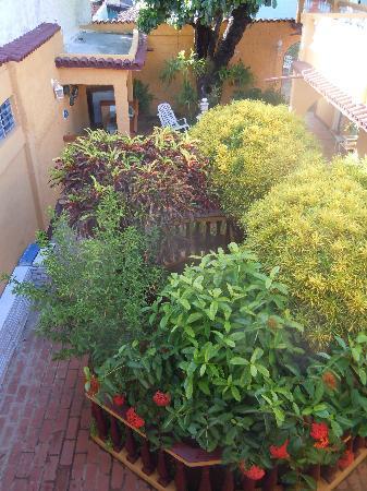 Hostal Dr Lara y Sra Yuda: il patio