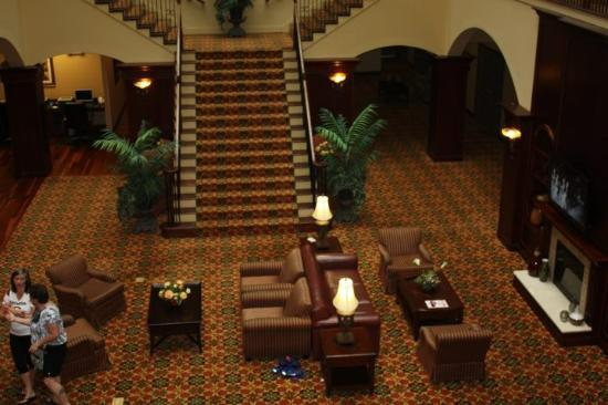 Country Inn & Suites by Radisson, Athens, GA: Lobby from my room