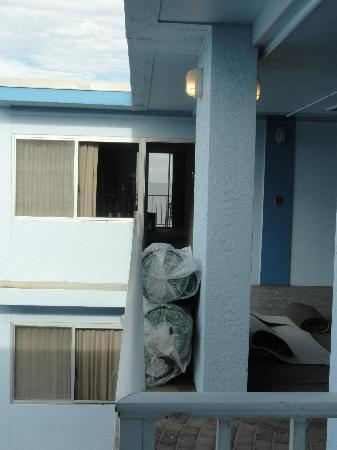 Beachview Hotel: Other rooms on the floor.