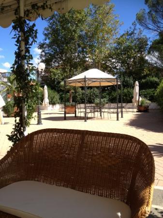 President Hotel: giardino