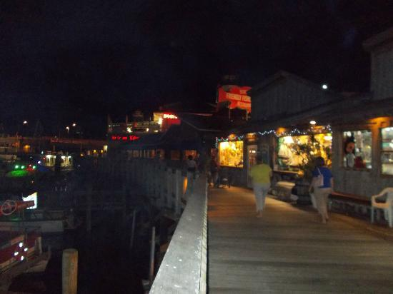 Magnuson Hotel Marina Cove: The Friendly Fisherman located on Madeira Beach serves the best fresh clam chowder ever tasted!