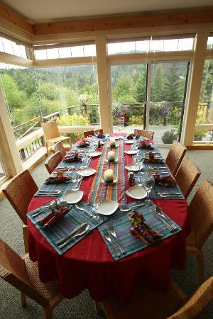 Stillpoint Lodge: Lodge Dining
