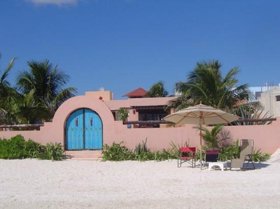Santa Fe Bed and Breakfast: Puerto Morelos Beach
