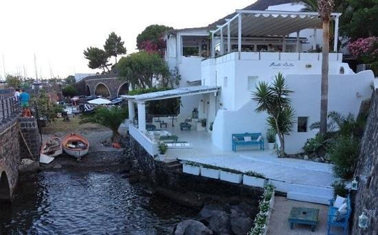 Ristorante portobello santa marina salina restaurant for Salina sicily things to do